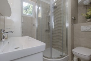 apartmanC-Bathroom_1-pic2